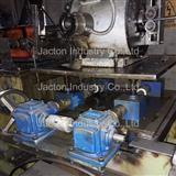 Mechanical linkage hand crank jacks for adjustable tables